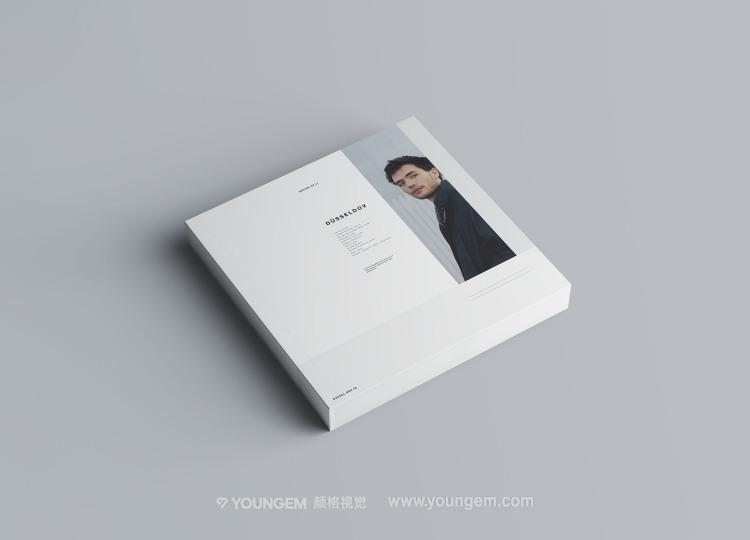 正方形多角度平装书籍画册样机素材模板